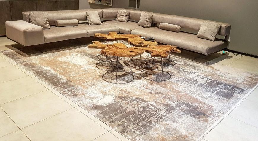 morelli-rugs-mobile-rug-showroom_0002_IMG_20180528_192945_557